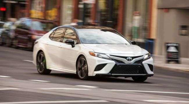 Нове покоління Toyota Camry встала на конвеєр