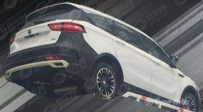 Розсекречений перший автомобіль нового бренду Traum від Zotye