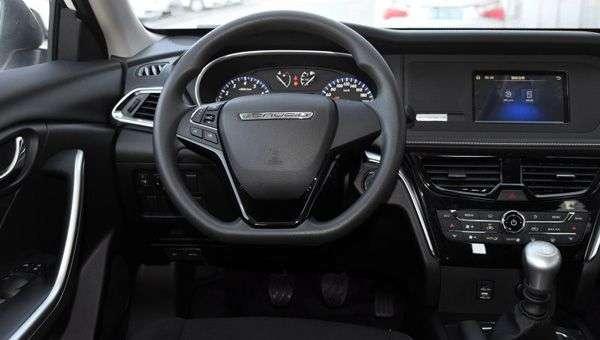 Nissan спільно з китайською компанією випустить розкішний седан