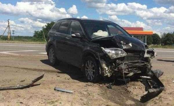 ДТП на трасі М-4 «Дон»: загинули водій і пасажирка ВАЗ 2112