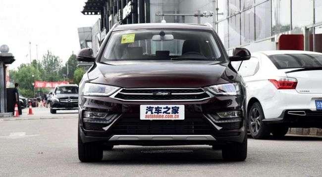 Дилери Zotye почали продажі оновленого SR7 з дизайном Audi Q3