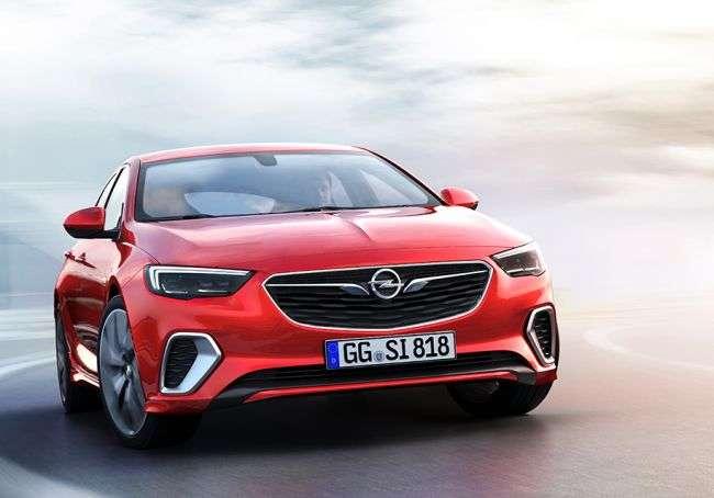 Opel представила новий Insignia GSi до премєри у Франкфурті