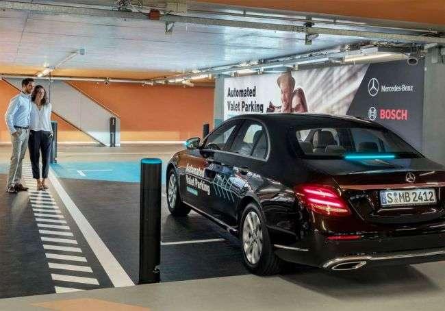 Mercedes-Benz і Bosch створили паркінг для самокерованих автомобілів