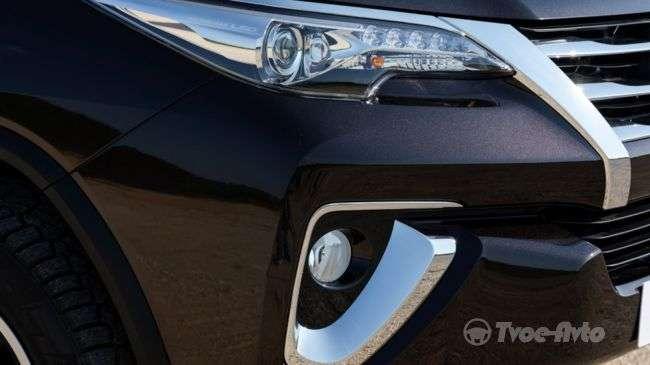 Toyota Fortuner в Росії представлений офіційно