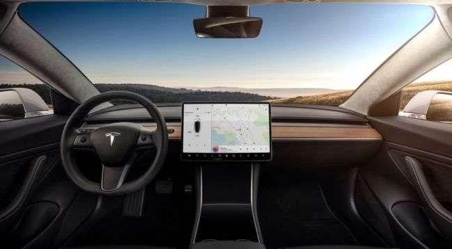 Tesla Model 3 обійдеться покупцям в 35-44 тисячі доларів