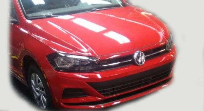 Дизайн седана Volkswagen Polo нового покоління розсекретили в Мережі