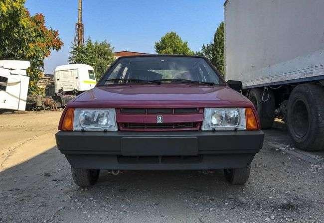 ВАЗ 21093 віком 27 років та без пробігу продали на Україні