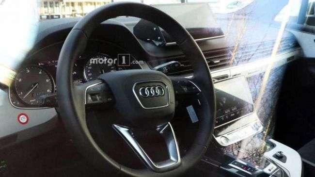 Новий кросовер Audi Q8 помітили без камуфляжу