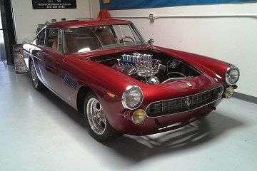 Класичний спорткар Ferrari з двигуном Chevrolet оцінили в 120 тисяч доларів