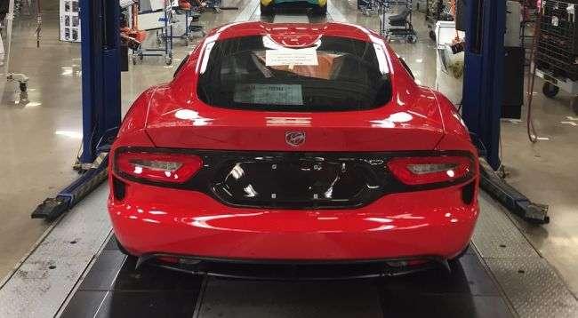 Останній Dodge Viper достроково зійшов з конвеєра заводу Chrysler
