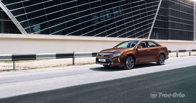 У Росії моделі Toyota Camry і RAV4 стали доступнішими