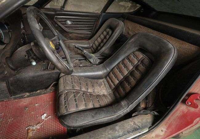 З молотка продадуть Ferrari 365 GTB, 40 років, яка простояла в гаражі