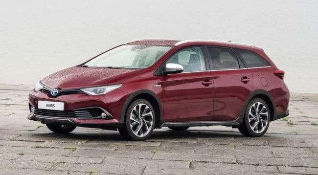 Новий Toyota Land Cruiser Prado і гібридний C-HR представлять у Франкфурті