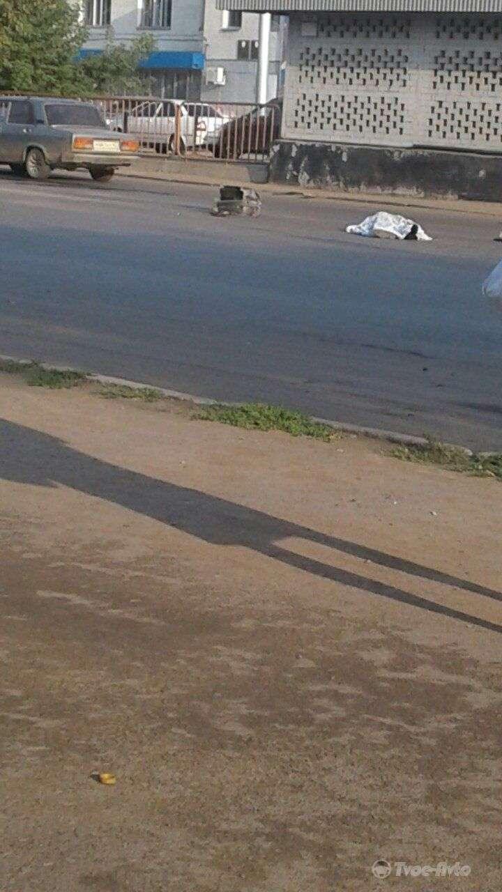 ДТП в Уфі: два «Ніссана» задавили на смерть 76-річного пенсіонера