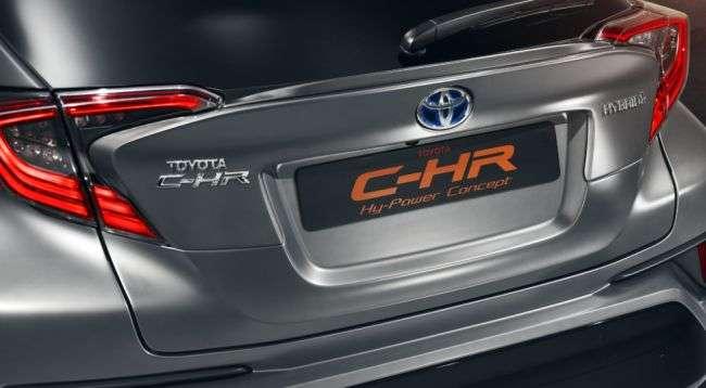 У Франкфурті дебютувала нова версія кросовера Toyota C-HR