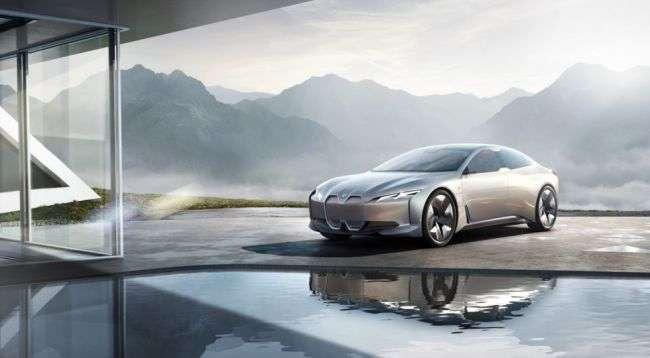 Модельний ряд BMW поповниться новим електричним седаном