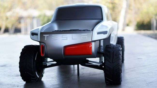 Tesla Motors презентує новий электрогрузовик «Semi» 26 жовтня