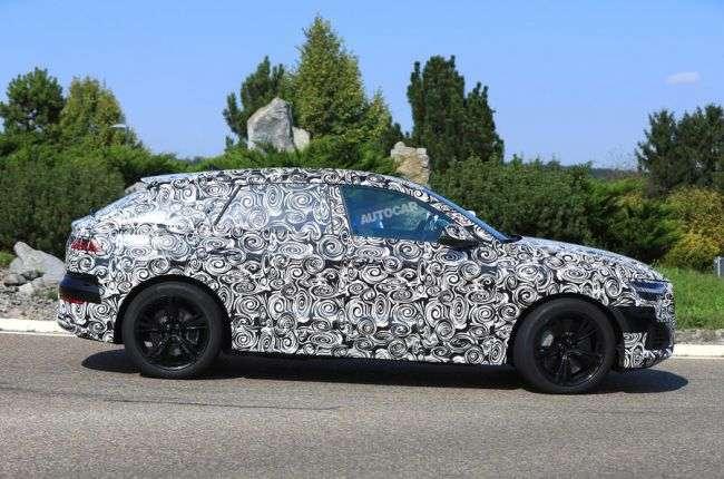 Audi вивела на дорожні тести новий гібридний кросовер Audi SQ8