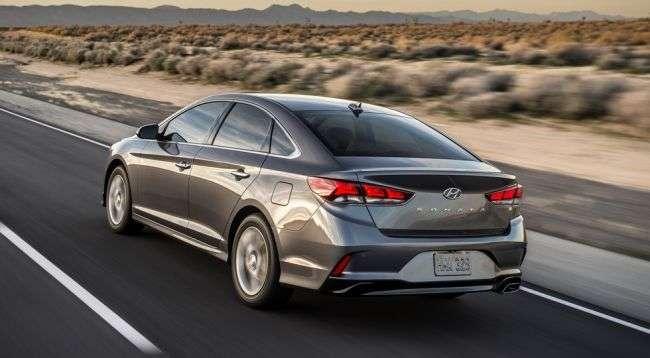 Дилери Hyundai відновлюють продажі седана Hyundai Sonata в РФ