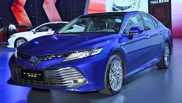Названа дата старту продажів Toyota Camry нового покоління