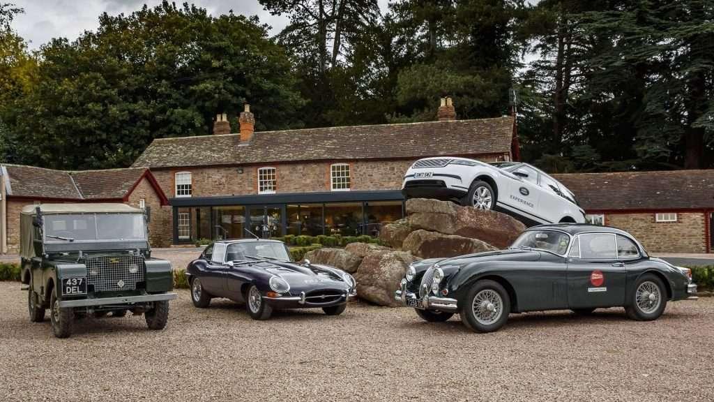 Для тест-драйву доступні класичні моделі Jaguar Land Rover